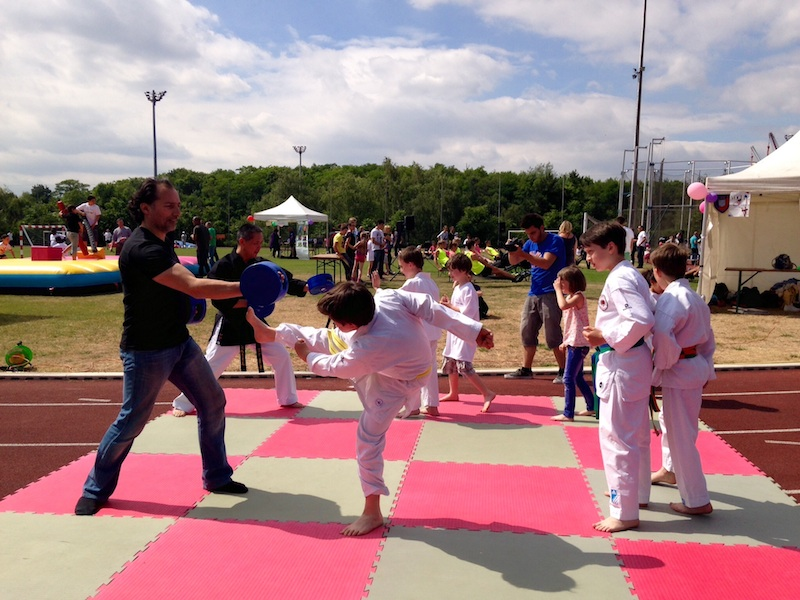 Karate Club de Saint Maur - fête des sports de Joinville